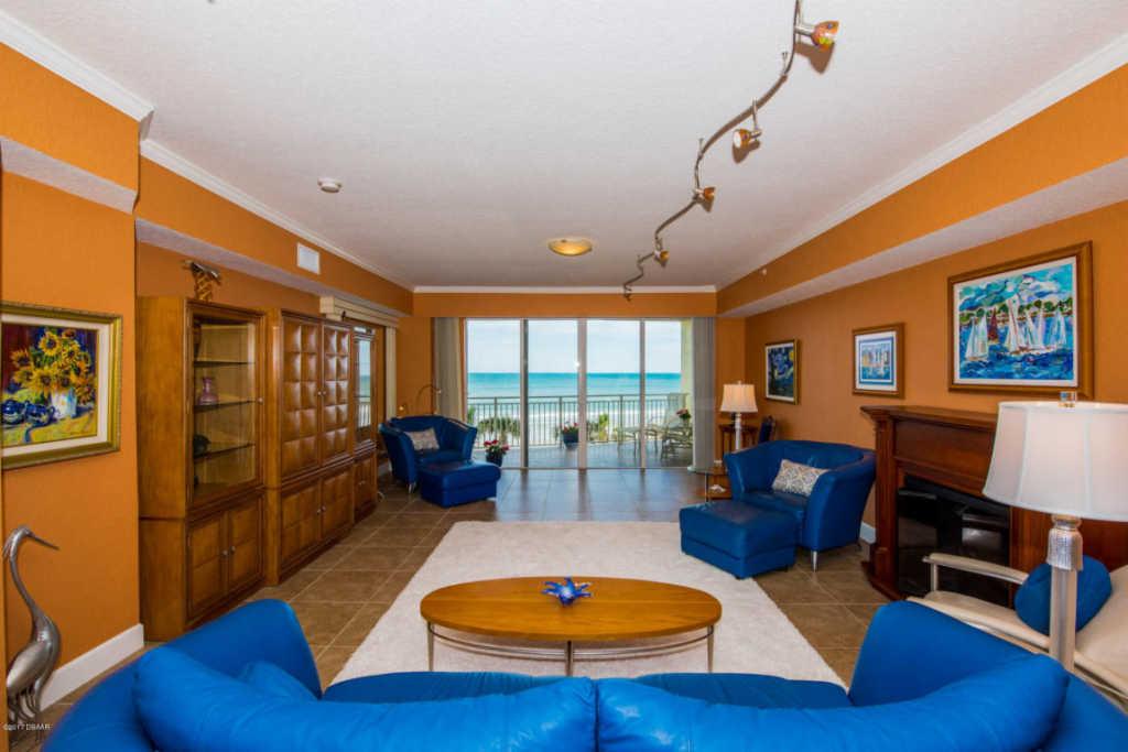 263 Portofino Boulevard, Venetian Bay - New Smyrna, FL